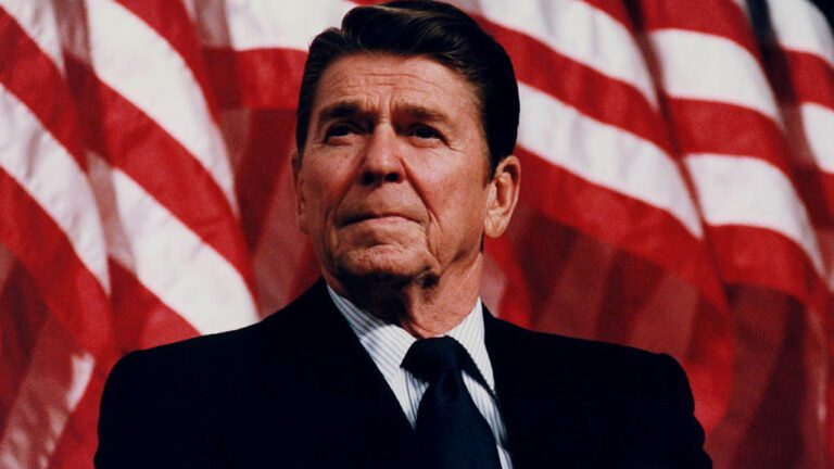 Ronald Reagan: The Face of Racism & the Military-Industrial Complex – Matt Tyrnauer (pt2)