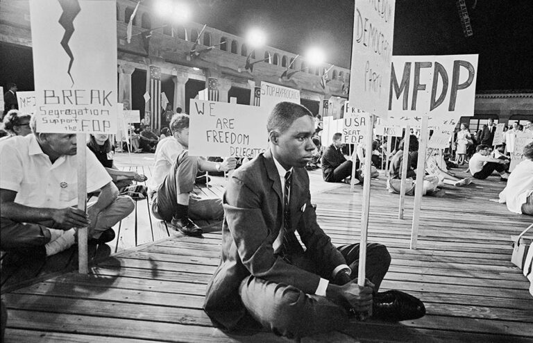 'We the People' Force Confronts Democratic Party Leadership in '64  – Bob Moses on RAI Pt 9/9